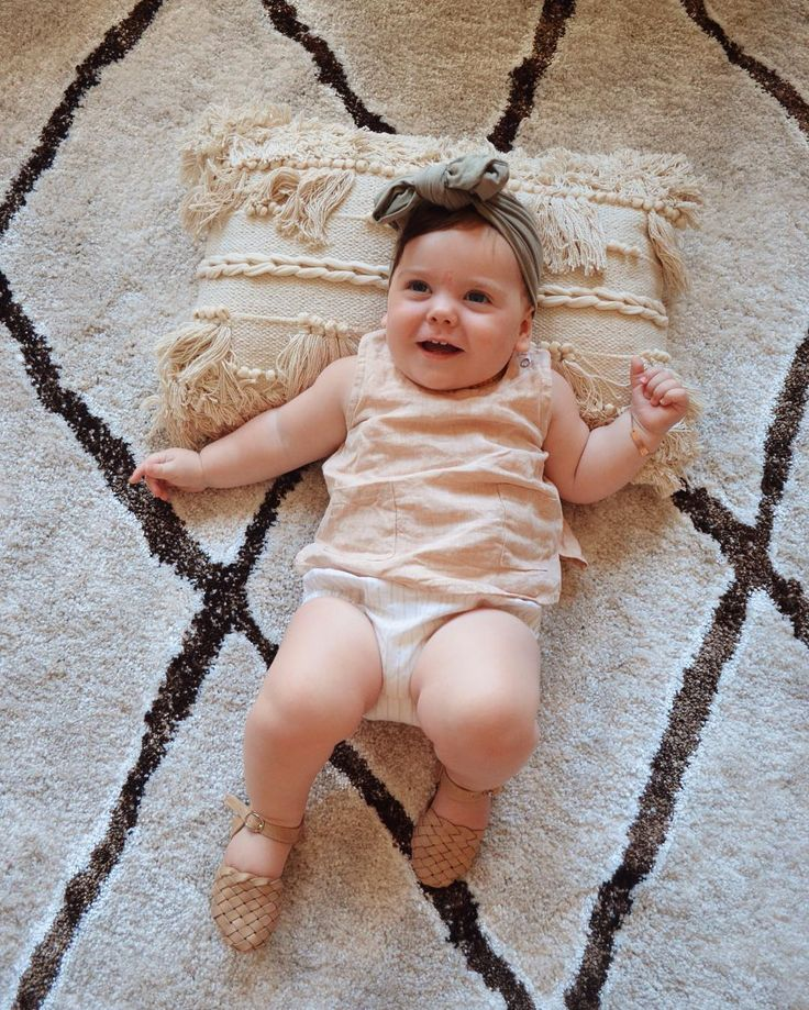 """It's the weekend! Here's Willa Fleur relaxing on our Kivalna 755 Brown Beige Trellis Patterned Plush Modern Rug We love seeing photos like this! Have a great weekend everyone! Available now in the following sizes: 230 x 160cm: $377.99⠀  290 x 200cm: $547.99 330 x 240cm: $727.99 400 x 300cm: $1097.99 https://buff.ly/2HDZhPg Repost http://www.instagram.com/raisingyoungloves ... """"8 beautiful months with you Willa Fleur 🌸"""""""