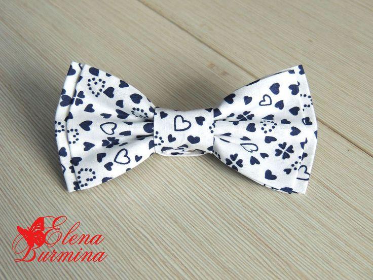 Купить Бабочка галстук белый в синие сердечки - белый, рисунок, сердечко, темно-синий
