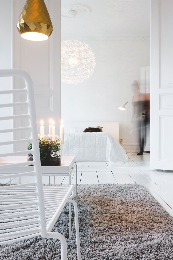 Interior and lifestyle blogger http://allthingsbright.se