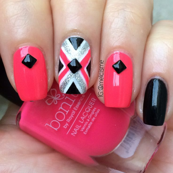 X nail design - tapemani - hot pink nails by melcisme on Instagram