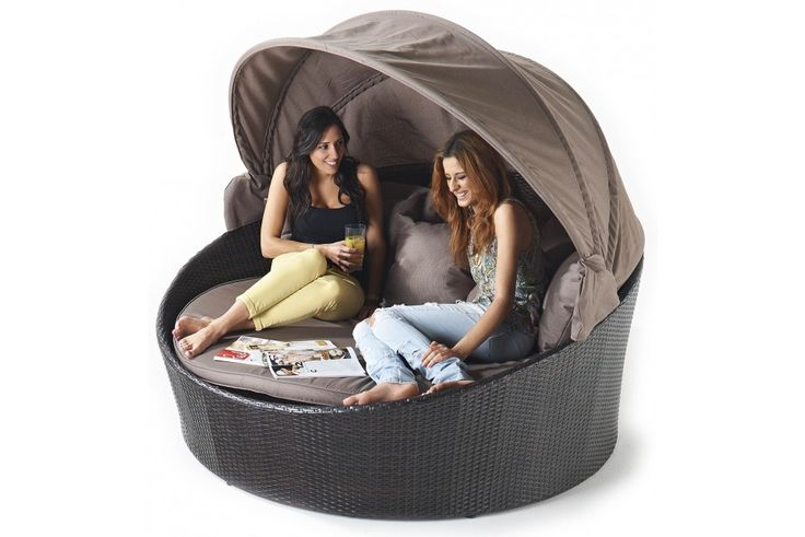 Rattan Day Bed