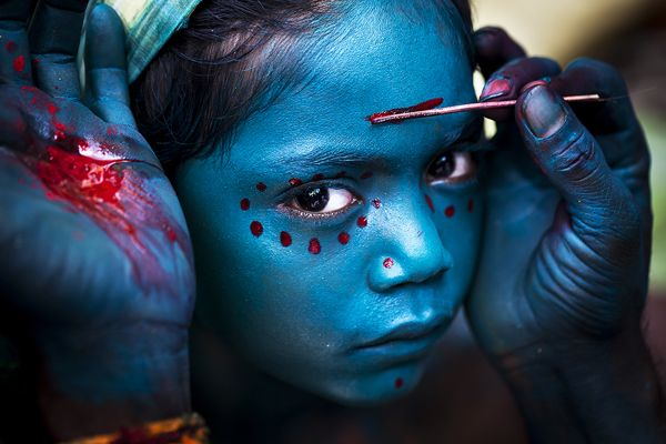 Face Paints - Portrait by Mahesh Balasubramanian, via Behance