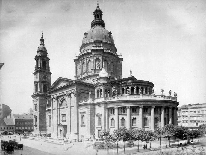 A Bazilika-1900.