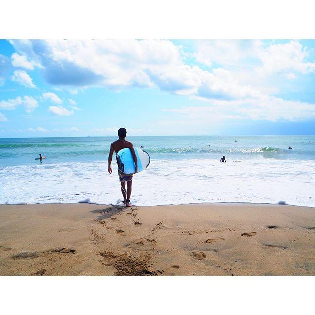 【m_uchan】さんのInstagramをピンしています。 《. きゅん ♡ #クタビーチ #kutabeach #クタ #kuta #海 #ビーチ #beach #サーフィン #surfing #サーファー #surfer #バリ島 #バリ #bali #インドネシア #indonesia #リゾート #resort #旅行 #trip #第3弾 #夏休み #summervacation #熊本 #神奈川 #遠距離 #遠距離恋愛 #彼氏 #つきお #カップル》