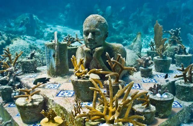 Museo Subacuático de Arte, Cancún, Mexico