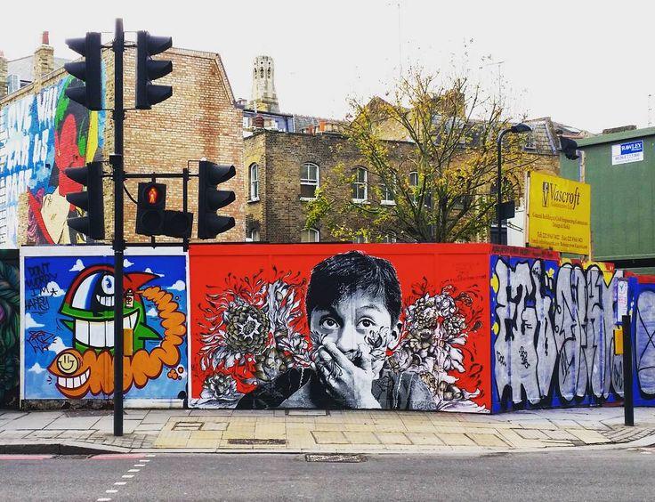 Street art of the day. #urban #urbanart #streetart #street #london #graffiti