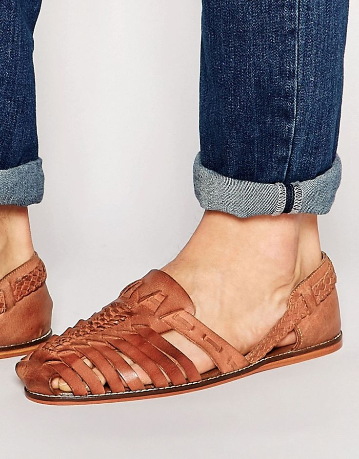 Изображение 1 из Светло-коричневые кожаные плетеные сандалии ASOS