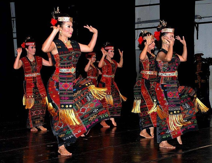 #Batak Traditional Dance