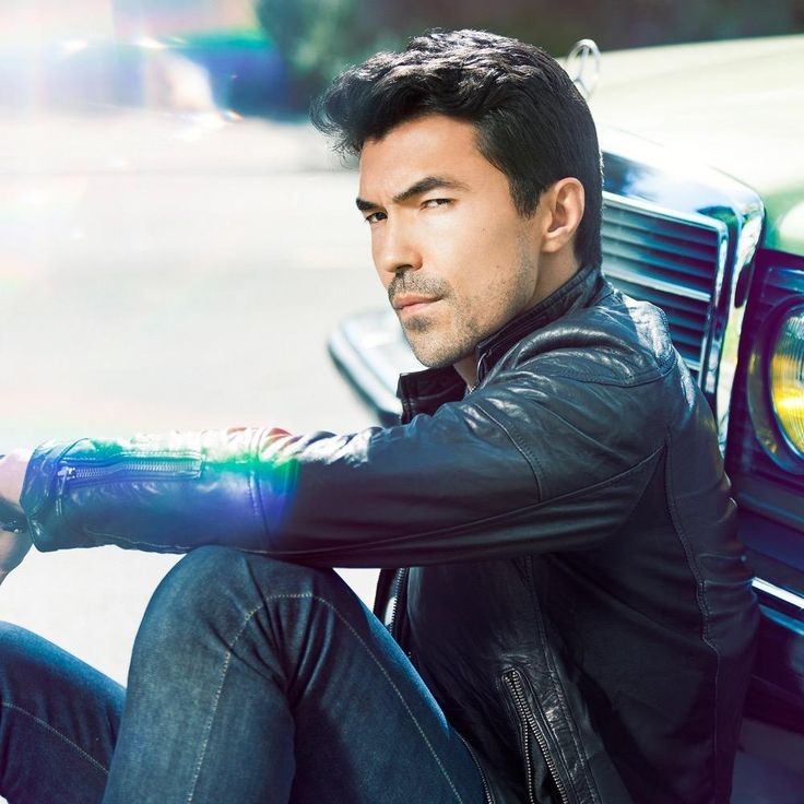 Fotos e vídeos de Ian Anthony Dale (@IanAnthonyDale) | Twitter