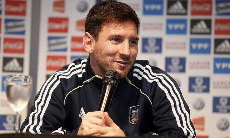 Lionel Messi, considerado el mejor jugador del mundo y estrella del FC Barcelona, ha reconocido en una entrevista concedida al suplemento Sette, del diario italiano Corriere della Sera, que en su vida sólo ha leído un libro: la biografía de Diego Armando Maradona.