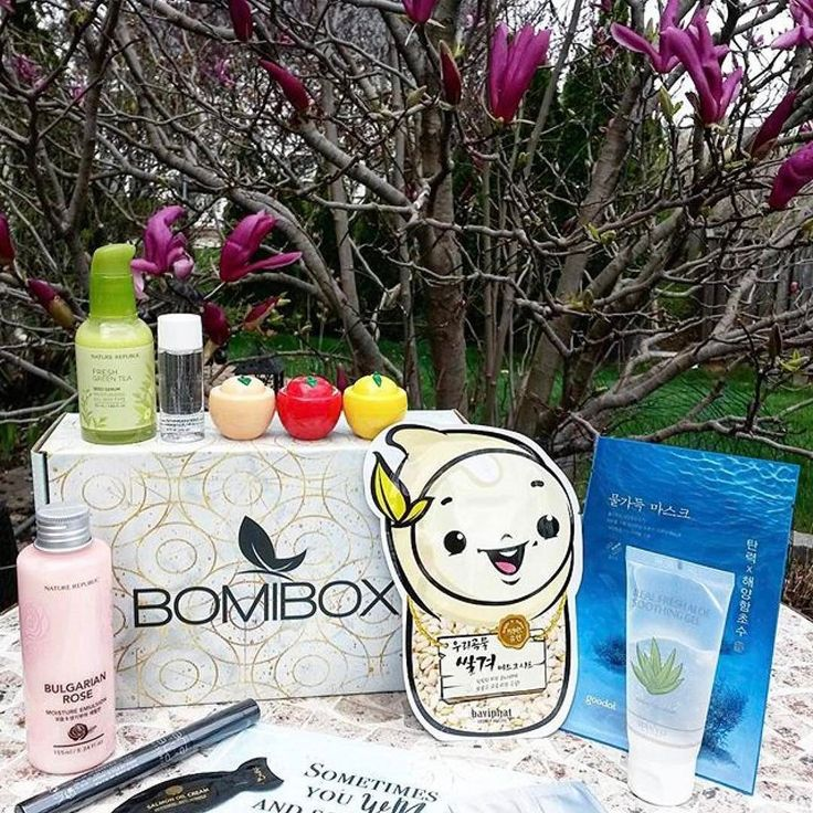 Love this backdrop to the latest BomiBox by the lovely @ineo.shell   #Repost @ineo.shell  10 April 2016 Monday  My first #Bomibox arrived!   Everything's new to me and I'm excited to try them all!   What's inside the March Bomibox? (From top left)     #NatureRepublic Fresh Green Tea Seed Serum    #Hyggee All in One Cleansing Water    #Baviphat Peach All in One Peeling Gel    Baviphat Apple AC Therapy Sleeping Pack    Baviphat Lemon Whitening Sleeping Pack    #NatureRepublic Bulgarian Rose…