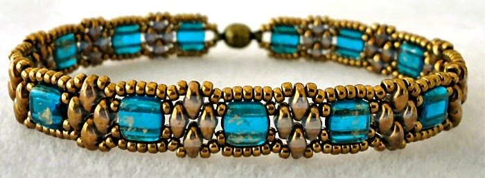Free bead jewelry tutorial - DIY: Linda's Crafty Inspirations: Bracelet of the Day: Stackers Variation - Capri Blue