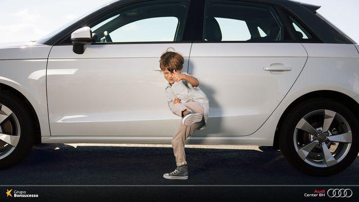Audi A1 conta com um espaço interno confortável, perfeito para a família.  #AudiLovers #Love #AudiAutomóvel #AudiCenterBH #Auto #AudiA1 #Audi #A1