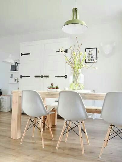 Again, how to have wood table on a wood floor: love the bench on one side and chairs on the other