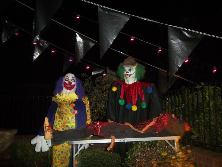 c975299b5abf64f7e3a824da7871ec14 scary carnival clowns