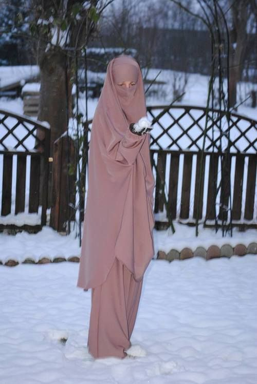 Jilbab in Winter