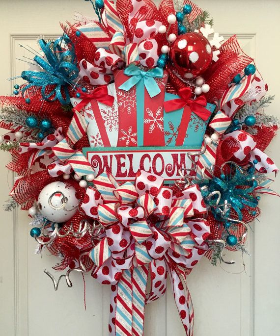 236 best christmas wreaths images on pinterest christmas swags christmas trio mesh wreath by williamsfloral on etsy solutioingenieria Gallery