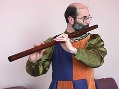 Medieval and Renaissance Instruments:  The Transverse Flute  (German Flute)