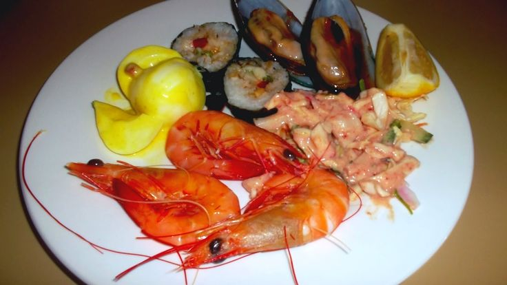 Check out our review of Buffet World Restaurant!  http://www.outback-revue.com/buffet-world-restaurant-review/