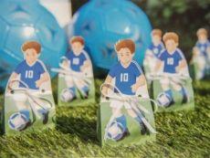 Bomboniera compleanno o comunione a tema calcio, per un bambino sportivo amante del pallone.