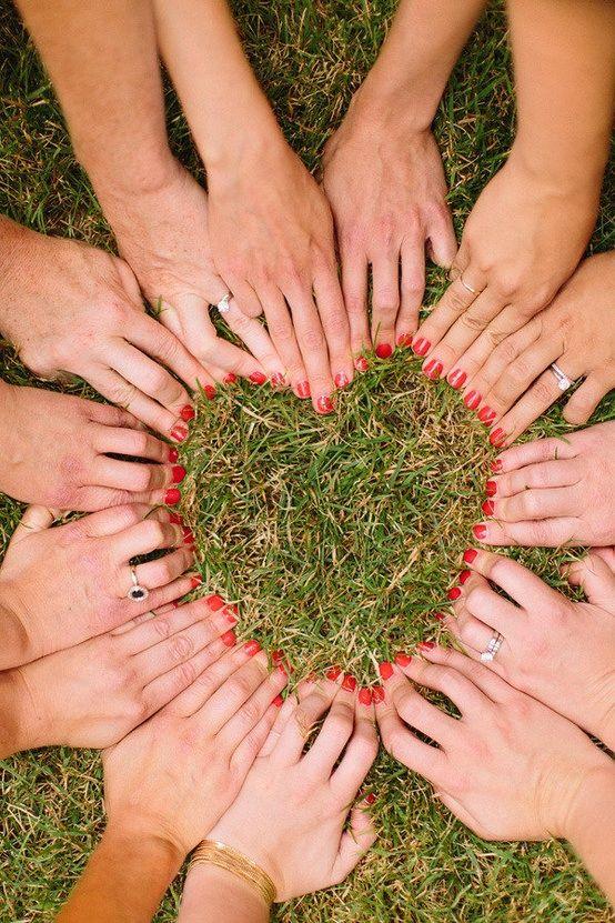 Was für eine schöne Erinnerung für die Braut - Freundinnen-LOVE!