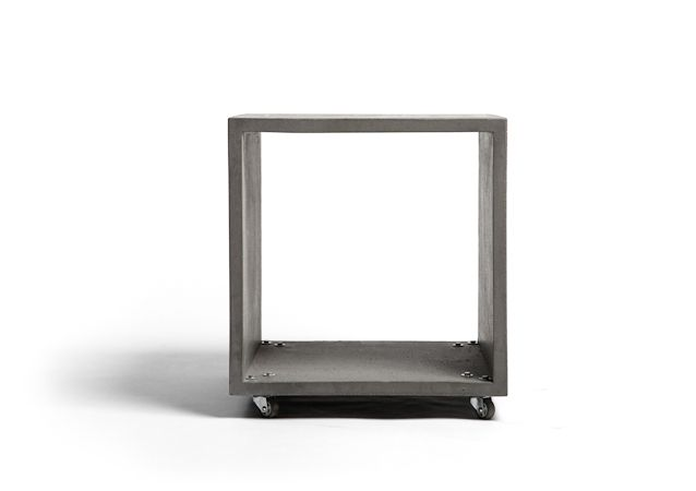 concrete coffee table ''mensa rota'' design URBI ET ORBI 2013