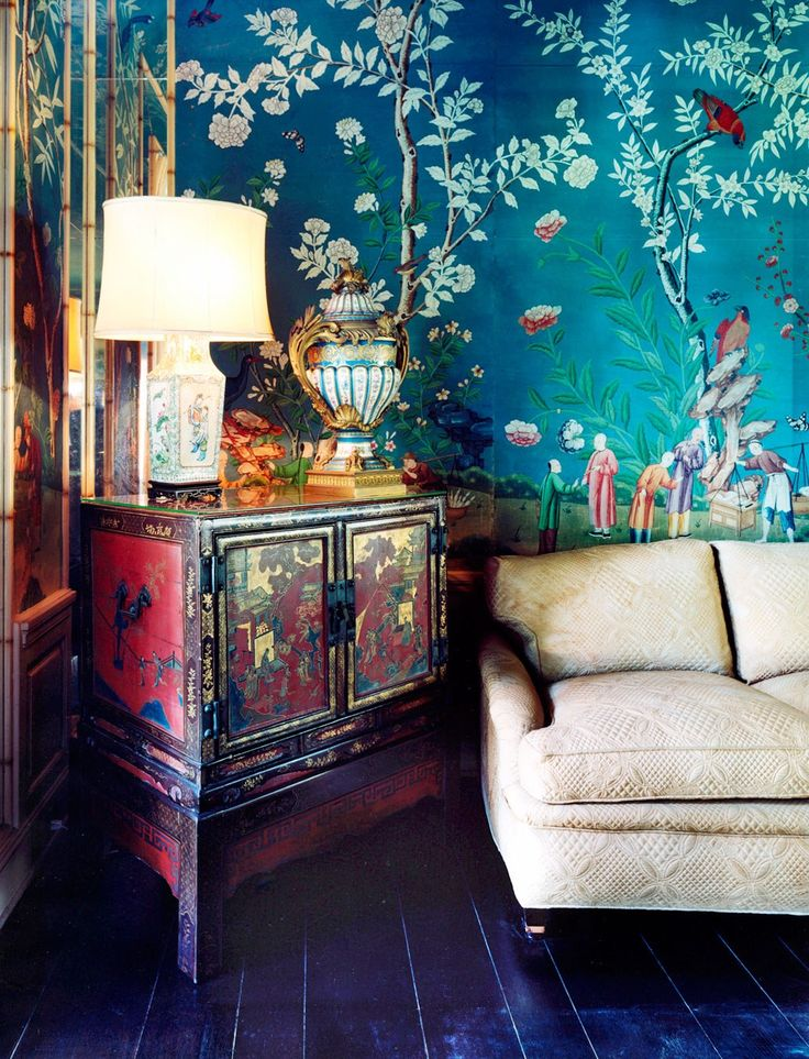 Decorator Elsie de Wolfe Took L.A. by Storm in the 1940s Photos | Architectural Digest. Chinese accents in the Di Frasso living room. Simon Watson