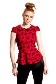 Shirt/top in rood met zwarte rozen, Voodoo Vixen | TOPS & SHIRTS | VintageRetroFashion