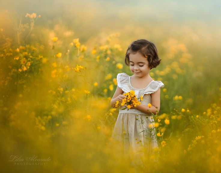 The earth laughs in flowers... - FACEBOOK    INSTAGRAM   © Copyright 2015 Lilia Alvarado Photography. All rights reserved. All photographs are the property of Lilia Alvarado Photography. All materials are protected under the United States and international copyright laws and treaties which provide substantial penalties for infringement. The use of any images or other materials included herein, in whole or part, for any purpose, including, but not limited to, reproduction, storage…