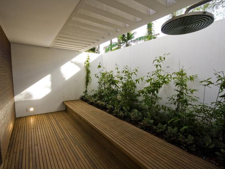 Minimalist Interior Garden Design Ideas