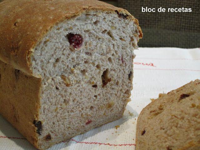 Bloc de recetas: Pan integral de nueces y arándanos