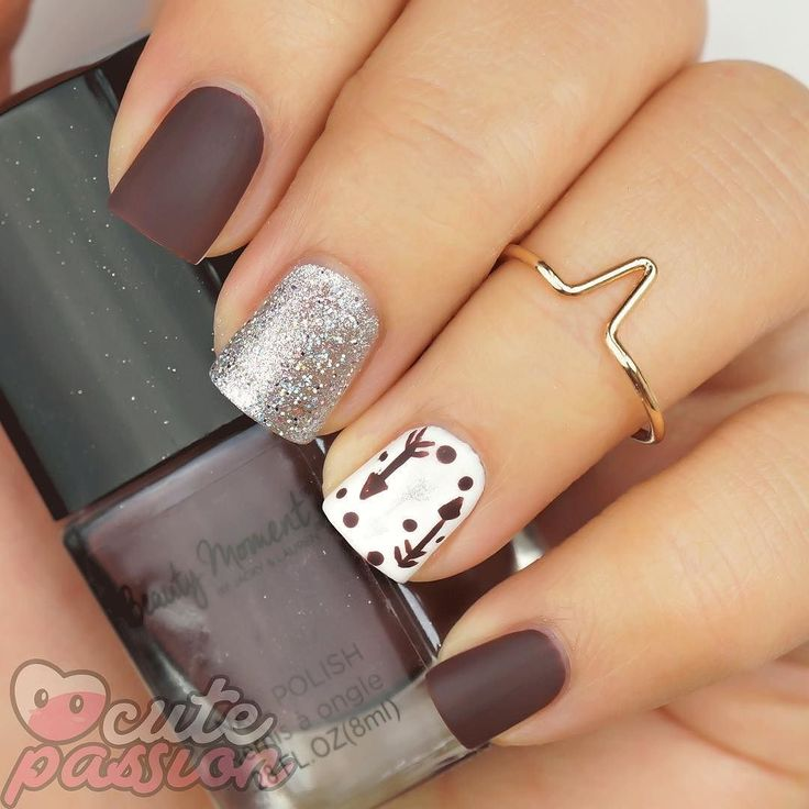 Arrow nails art  #arrownails #easynails #lovelynails#winternails