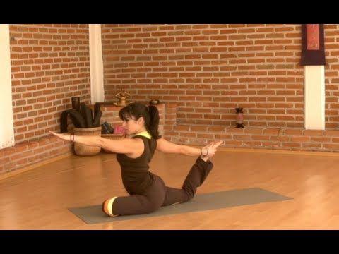 En esta sesión de Yoga Progresivo trabajaremos con la fortaleza y flexibilidad para ir alcanzando las posturas de forma correcta. Para esta serie, puedes apo...