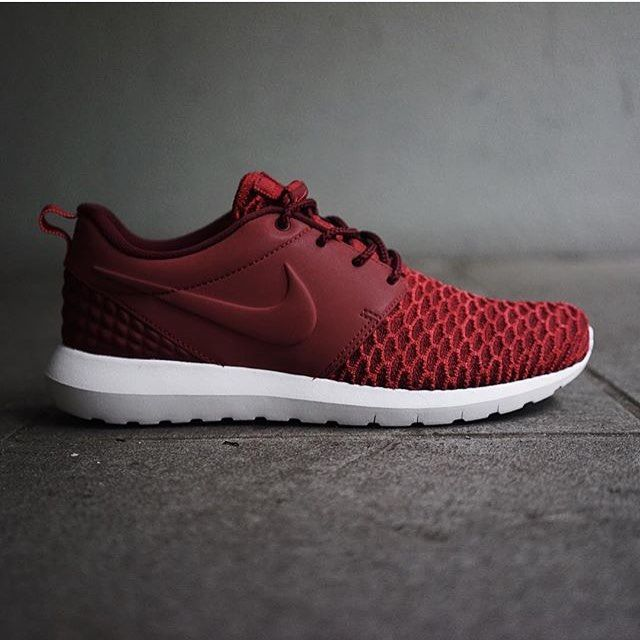 Running shoes store,Sports shoes outlet only $21, Press the picture link get it immediately!!!collection NO.1463