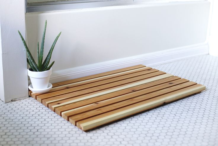 Home Free has teamed up with our friends at The Merrythought for this very fun DIY project. Enjoy! Sometimes it's the little things that can make a big difference - like this DIY Cedar Bath Mat! This simple & modern bath mat brings a spa-like feel to your