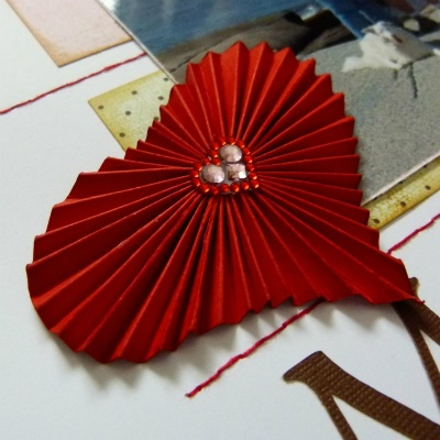 how to make accordion paper hearts