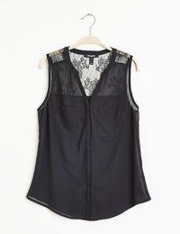 Chemise sans manches femme, noir, mousseline, empiècements dentelle, 2 poches, fermeture boutonnée. 17,99 €