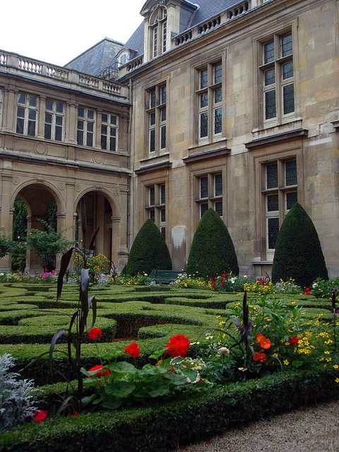 """Hotel Carnavalet, another beautiful Renaissance private home in the Marias, now a museum.  Elodie walks in a garden like this one while Will """"persuades"""" the Comtesse de la Rocherie"""