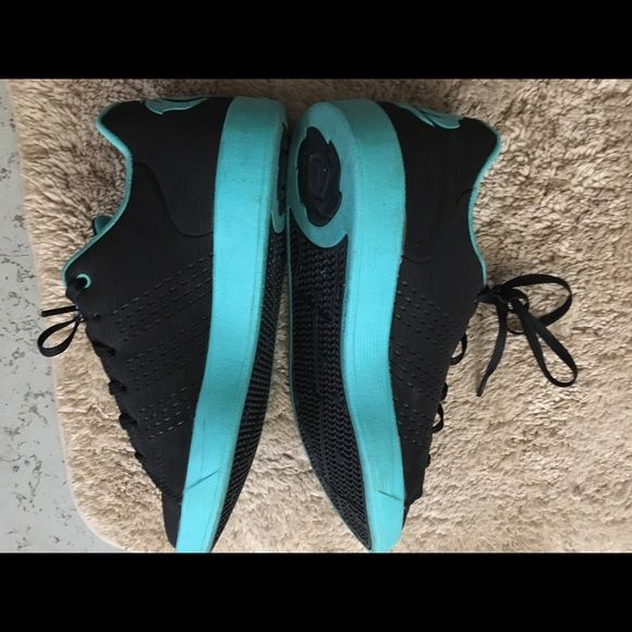 Adidas Derrick Rose size 5 boys youth Black/Mint Green, light weight, stylish, worn only once, grew out of them immediately Adidas Shoes Sneakers