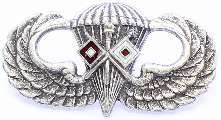 Signal Jump Wing Airborne Badge US Army Parachutist Insignia Commo Pin