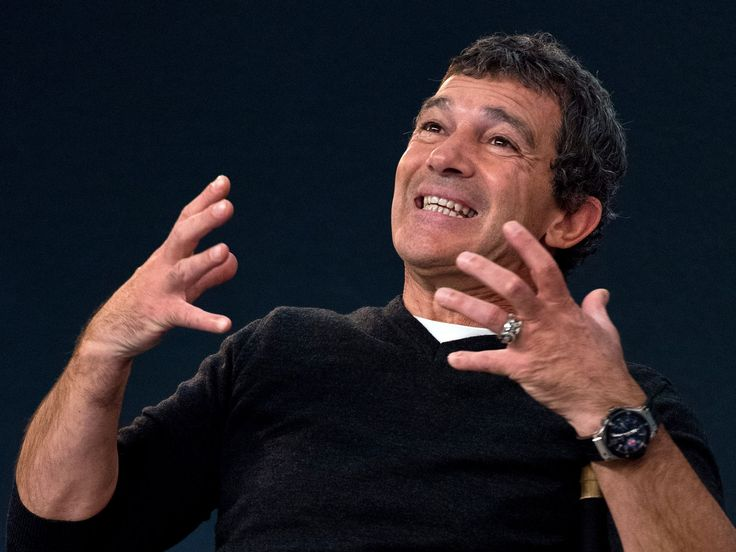 Antonio Banderas emotes at a special Meet the Actor presentation at an Apple store on March 19 in London.  Ben A. Pruchnie, Getty Images