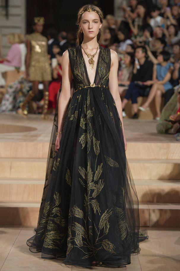 Défilé Haute Couture Valentino automne hiver 2015