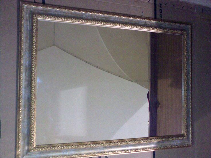 17 migliori idee su specchio con cornice in legno su - Specchio ovale ikea ...