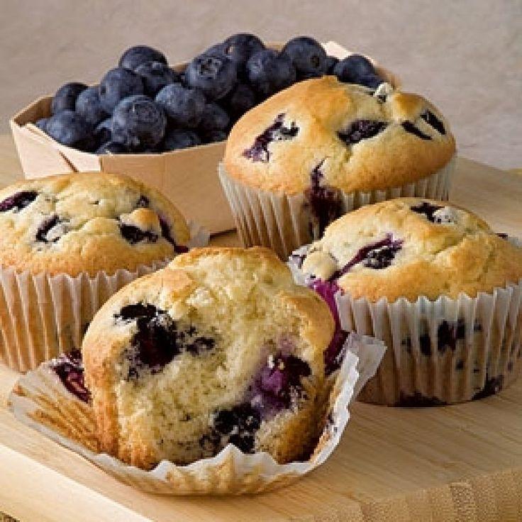 Deliciosos #muffins de #arandanos para que los prepares hoy. Te dejamos la #receta aquí.