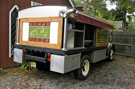 amazing mobile pizza restaurants favorite places spaces pinterest restaurant pizza. Black Bedroom Furniture Sets. Home Design Ideas
