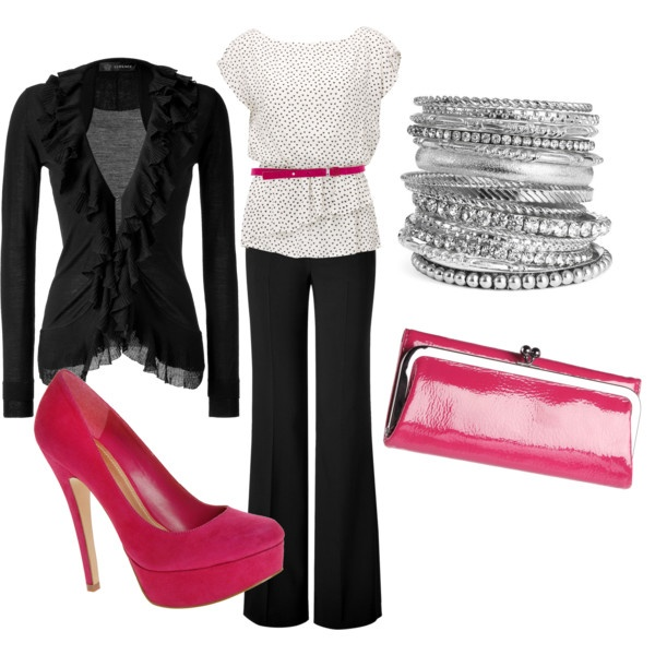 Perfect touches of pink..... Love the shoes!