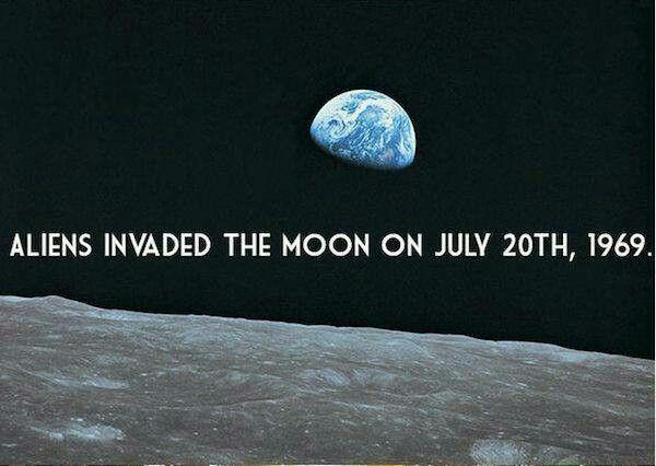 Aliens land on the moon