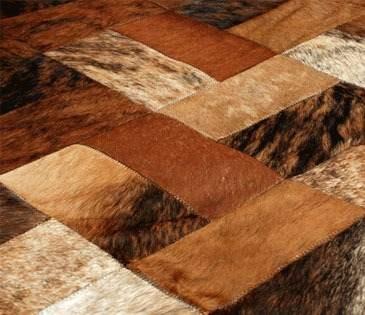 alfombra-patchwork-cuero-vaca-con-pelo-tonos-tierra_