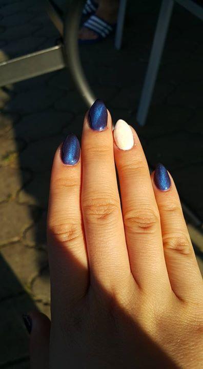 NeoNail ...nie wiem co z tego wyszlo,ale cos na pewno wyszlo😉 Moj pierwszy raz zrobiony Cat Eye-Korat #nailart #nailsticker #manicure #nailtreatment #nailgel