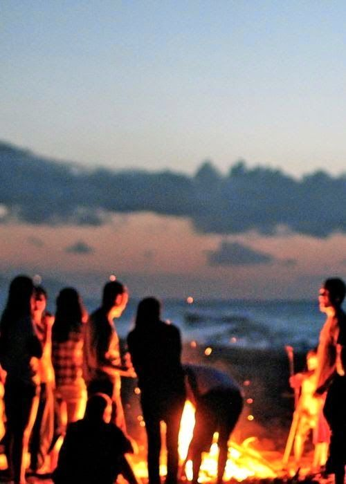 #Bonfire on the Beach via horsecrazykimblewick #Bonfire #Beach